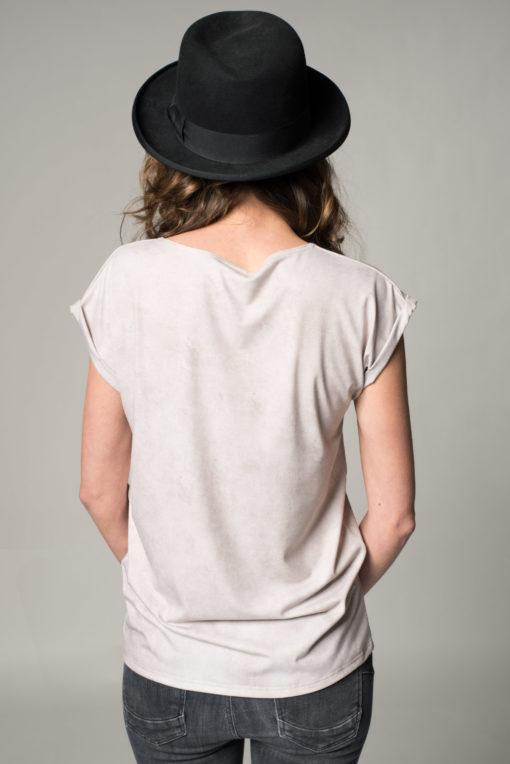 Rückansicht Damen T-Shrits Kulinarik. Das Rückteil des T-shirt ist unifarben mit einer leichten Antik-Struktur.