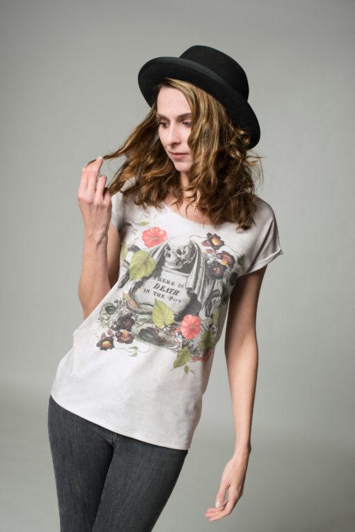 FrontansichtDamen T-Shrits Kulinarik, beiges Shirt mit Totenkopf- Print auf der Vorderseite